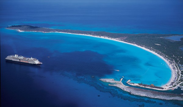 475923-Pacotes-cruzeiros-Royal-Caribbean-CVC-2012-2013-2