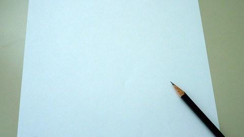 leeres Blatt mit Stift