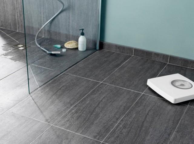 comment bien choisir son carrelage pour une douche italienne. Black Bedroom Furniture Sets. Home Design Ideas