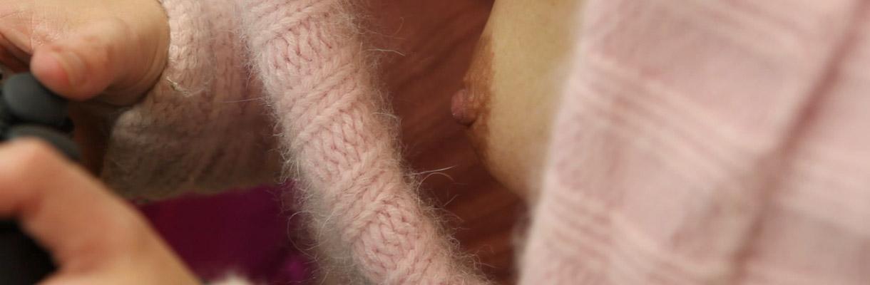 restaurant nipples tease