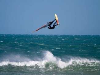 windsurfing crop