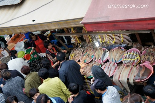 Sorae Port fish market