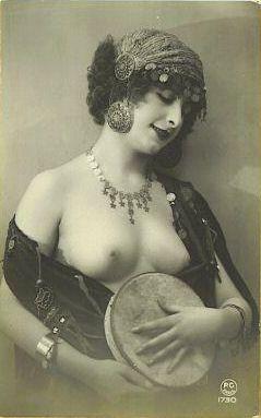 vintage-nude-with-tambourine.jpg
