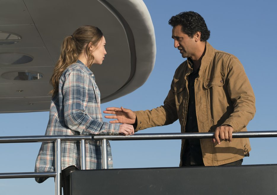 fear-the-walking-dead-episode-201-alicia-carey-travis-curtis-935