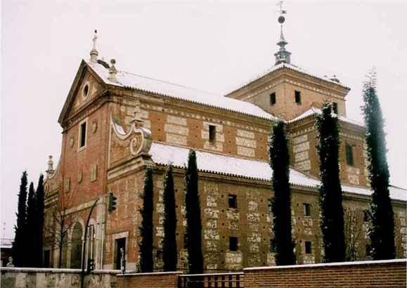 Convento de los Trinitarios Descalzos - Vista general del ángulo noroeste (diciembre 2001) - Imagen: www.ecologistasalcalah.org