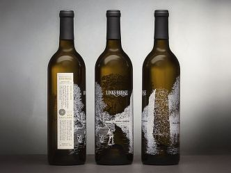 Links-Bridge-Vidal-Blanc-Wine-Packaging_01