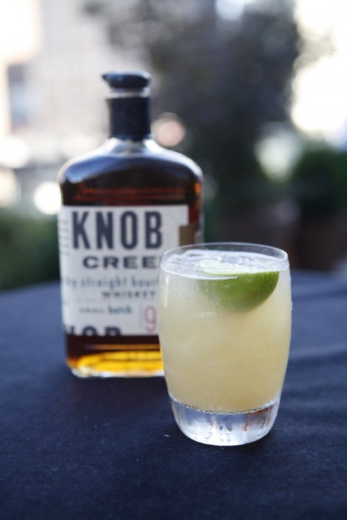 Knob Creek Sour Ginger Cocktail 2 525x787 Recipe: Knob Creek Sour Ginger