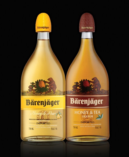 Barenjager pear and tea 525x638 Review: Barenjager Honey & Tea and Honey & Pear Liqueurs