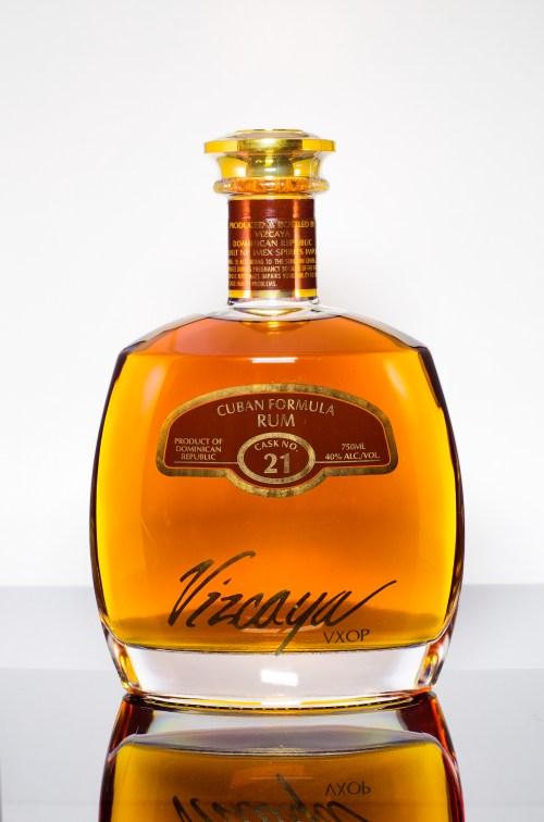 vizcaya 21 525x794 Review: Vizcaya VXOP Cask No. 21 Cuban Formula Rum