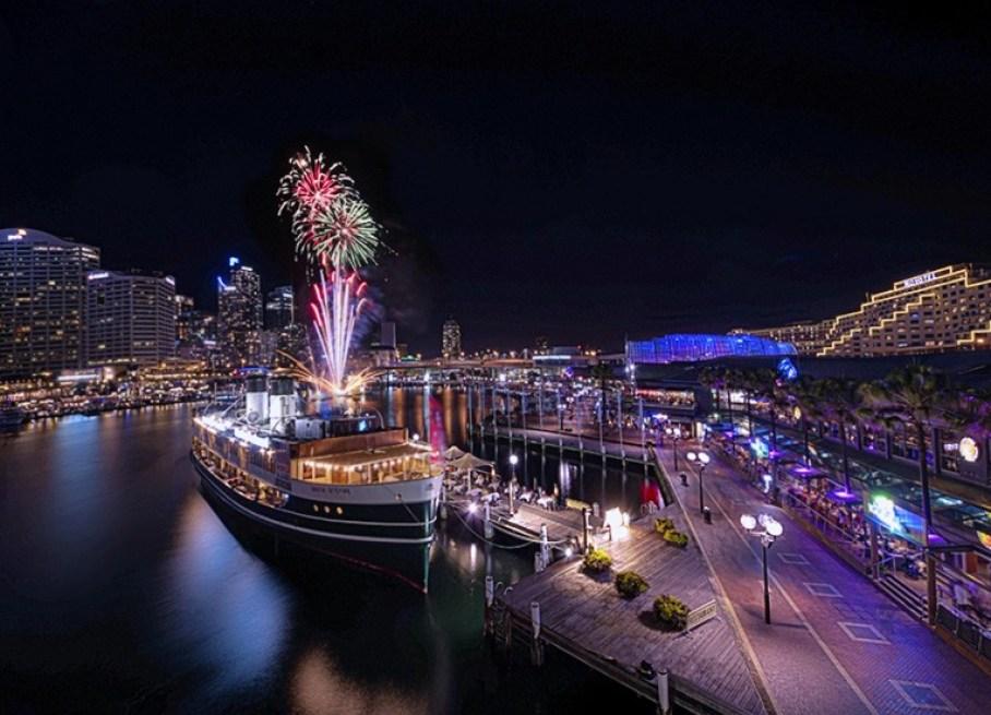 Darling Harbour Fireworks, Sydney. Australia. Photo credit: Nigel Howe via Flickr CC