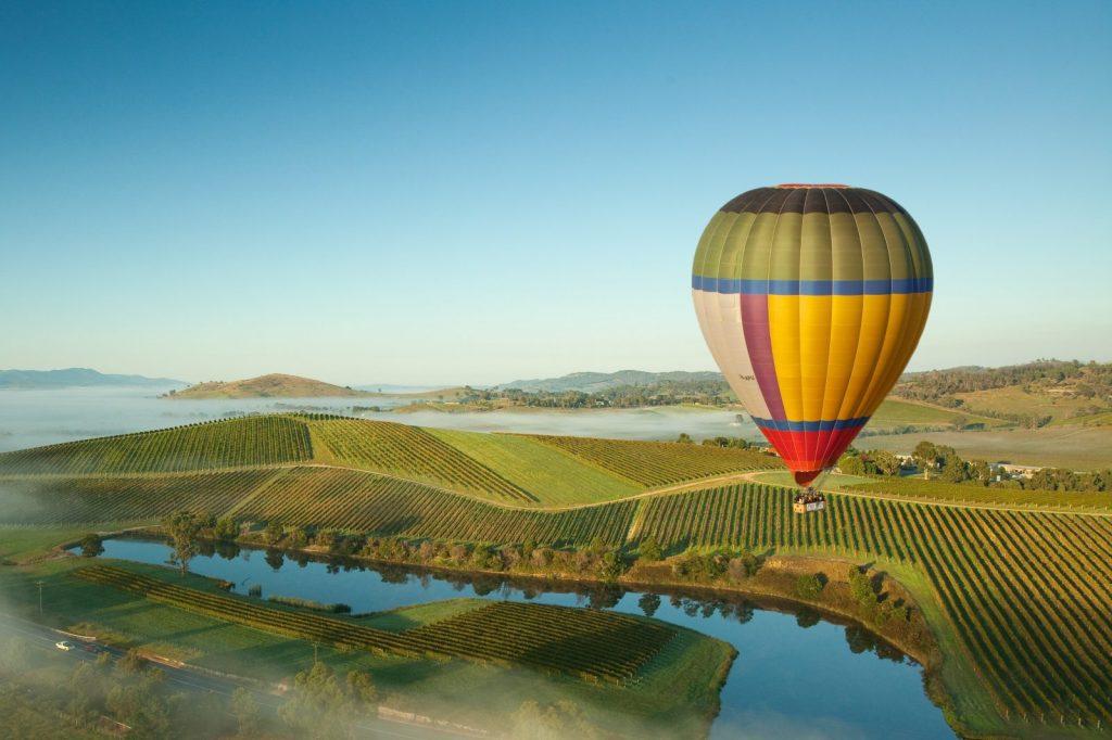 Hot Ari Ballooning in Yarra Valley
