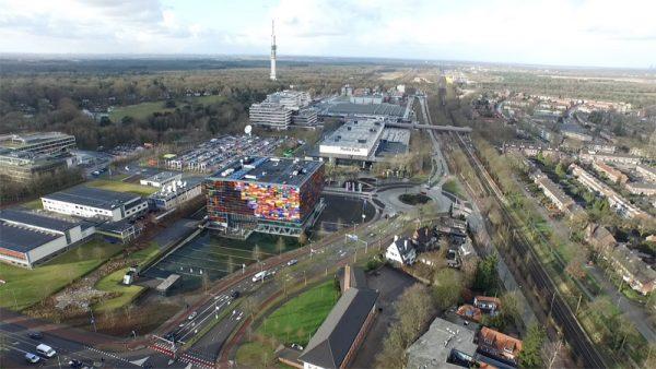 Het Mediapark in Hilversum is het decor voor het Dutch Drone Festival