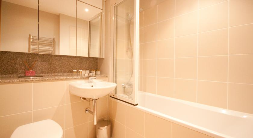 ifsc-dublin-city-apartments-46946968