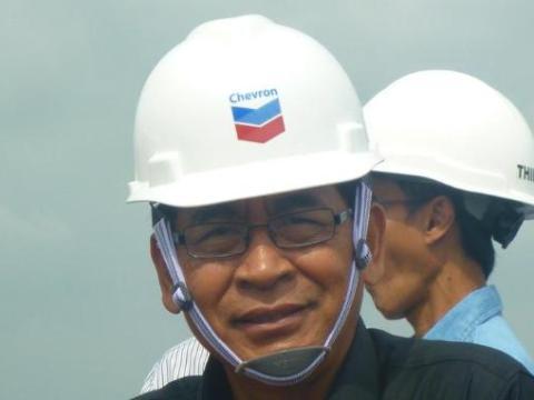 Susilo Siswoutomo usai mengikuti peresmian uji coba injeksi surfaktan di Lapangan Minas PT Chevron Pacific Indonesia pada Senin, 14 Januari 2013.