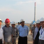 Direktur Utama PLN, Nur Pamudji (paling kiri) bersama Dirjen Ketenagalistrikan Kementerian ESDM, Jarman (tengah) saat meninjau PLTU Pangkalan Susu pekan lalu.