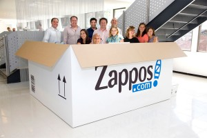 Holacracy at Zappos : no boss or hierarchy. Really