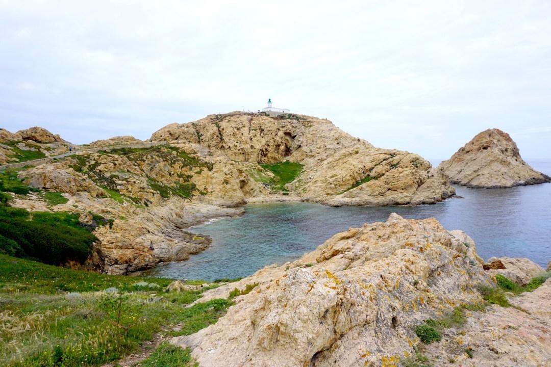 ILE DE LA PIETRA ILE ROUSSE CORSE CORSICA BLOG VOYAGE TOURISME