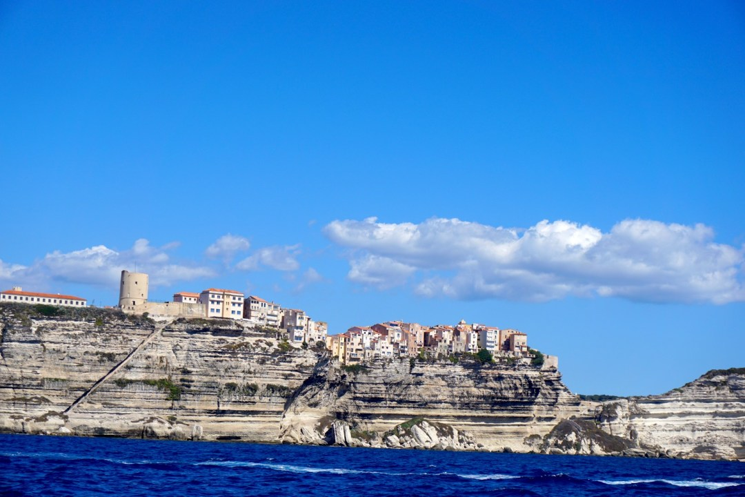 BONIFACIO ROAD TRIP CORSE BLOG VOYAGE TOURISME FALAISES