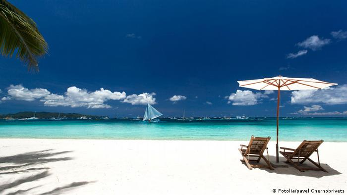 Philippines to close Boracay Island for six months from April 26     Philippinen Boracay Strand  Fotolia pavel Chernobrivets
