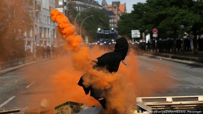 Deutschland Hamburg - G20 Proteste (picture-alliance/ZUMAPRESS/O. Messinger)