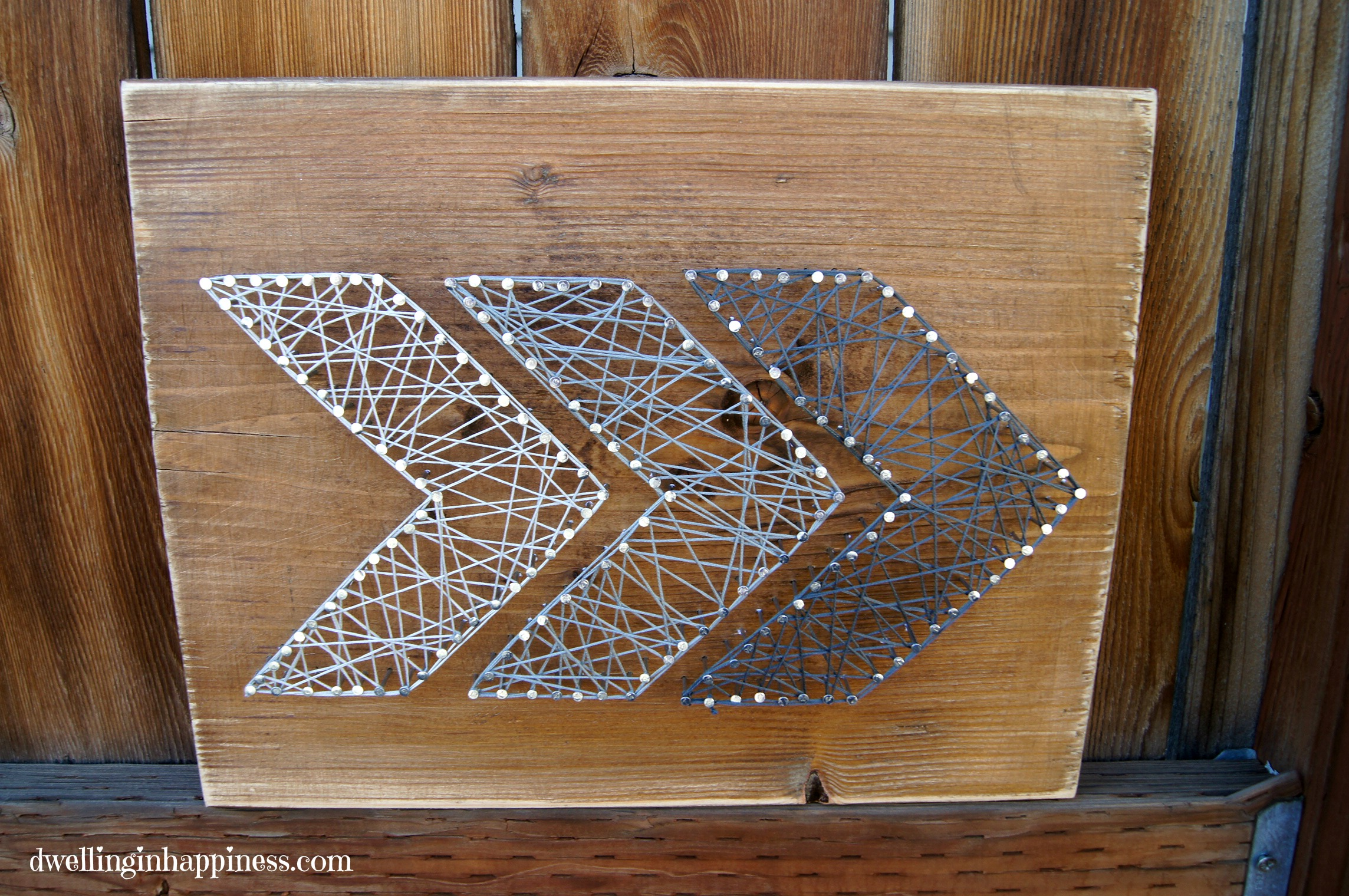 string art thing is kind of addicting, and now I want to string art ...