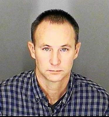 Michigan: Firefighter Tad Dennis who spent 15 years cutting crash victims out of wrecks boozed it up and killed Diana Pozderca