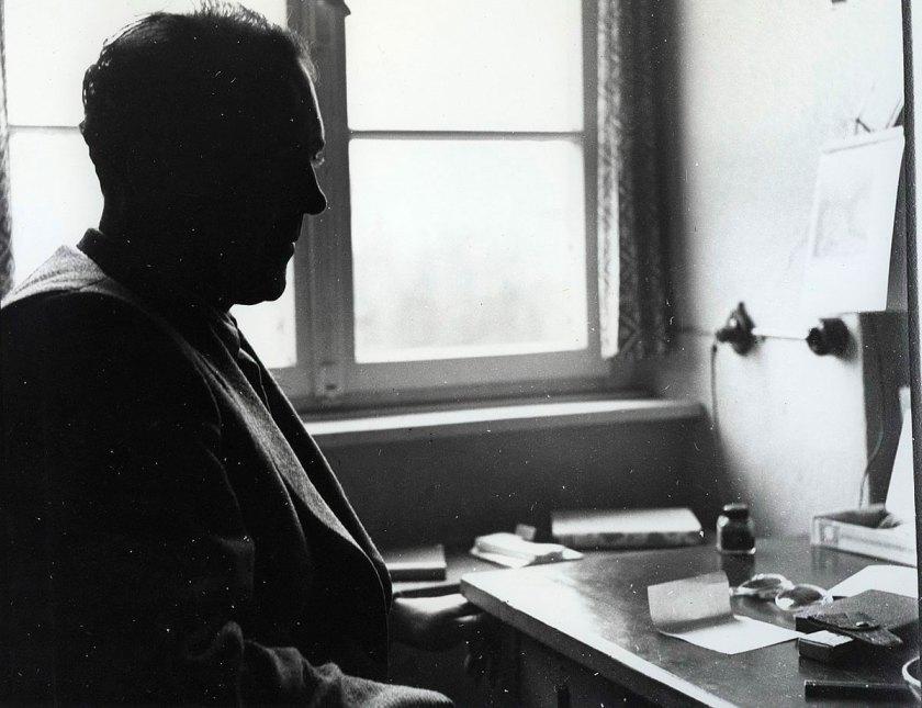 Heinz Held, Heinrich Böll at his desk, 1953, © Museum Ludwig, Köln, Photo: Rheinisches Bildarchiv Köln, Cologne