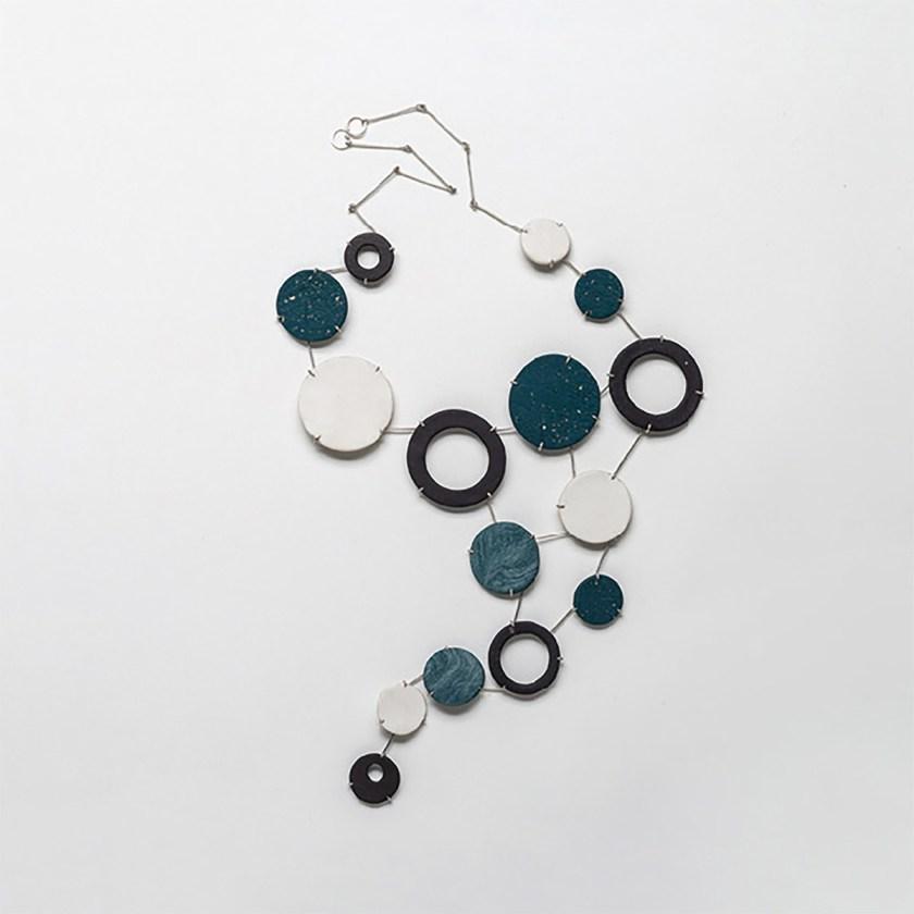 conexiones-entre-joyeria-y-ceramica-nuevas-formulas-de-colaboracion-entre-ceramistas-y-joyeros-12