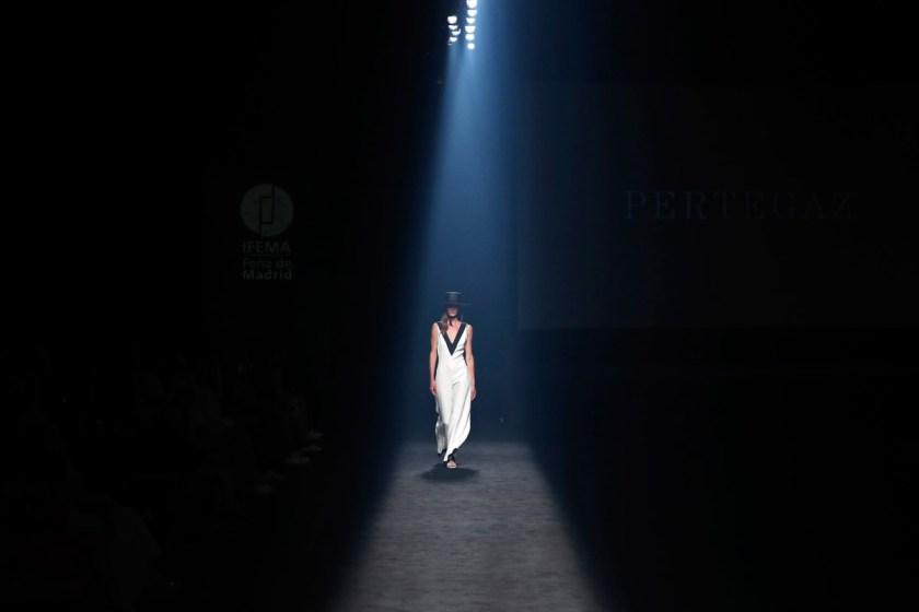 pertegaz-sofisticado-retorno-al-folclore-05