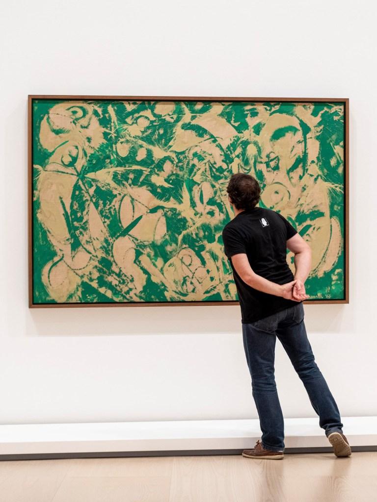 Lee Krasner Sirena (Siren), 1966 Óleo sobre lienzo 128,6 x 206,1 cm