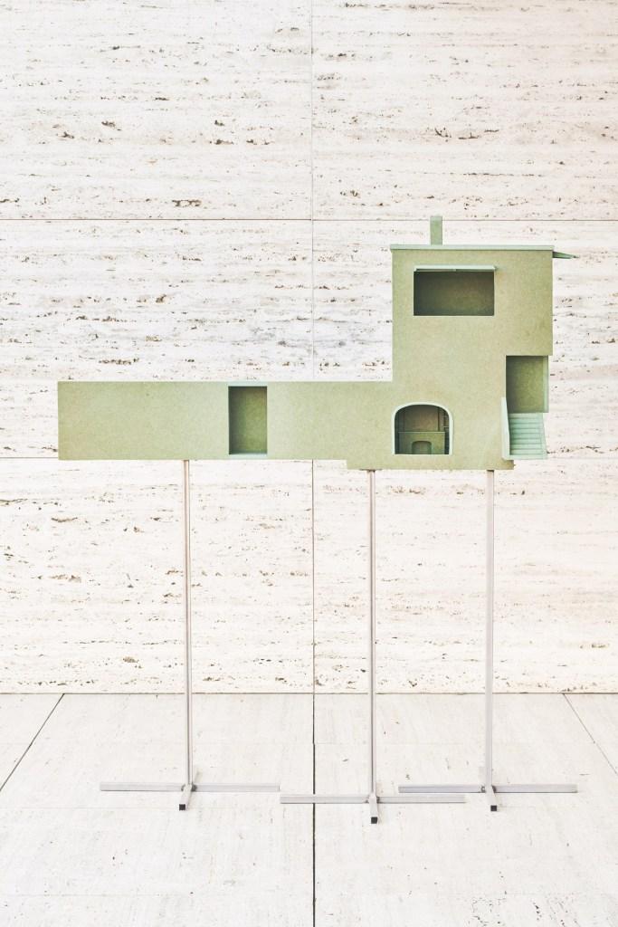 artists-in-architecture-la-casa-vilaro-interpretada-por-ben-weir-jose-hevia-01