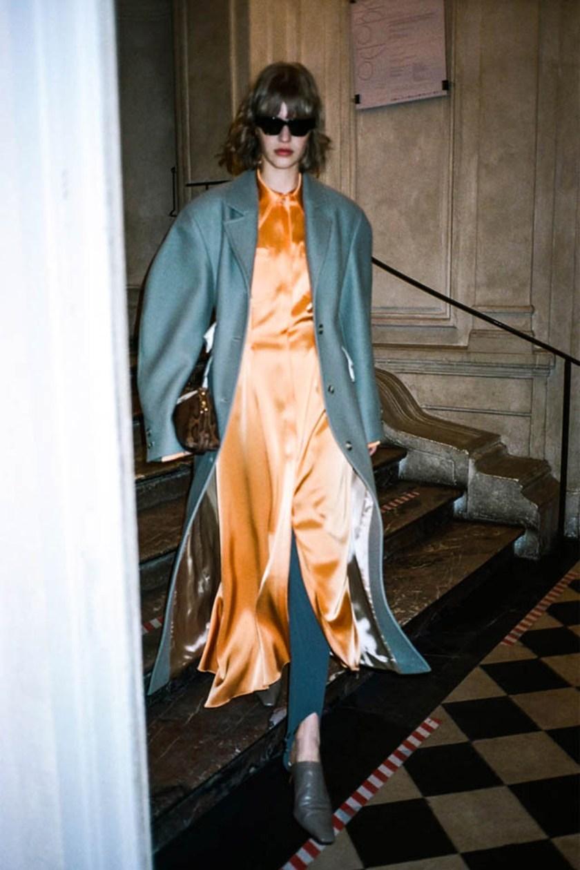 london-fashion-week-intimidad-desde-las-pantallas-Nanushka-01