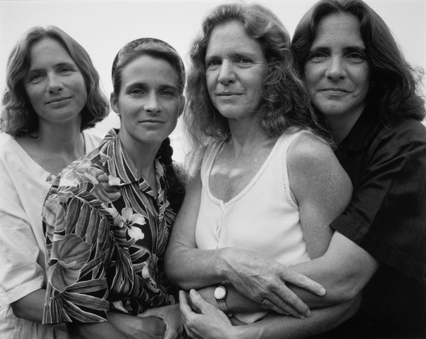 BROWN-SISTERS-Nicholas-Nixon-1995