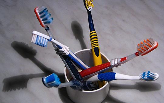 Czy leczyć zęby małych dzieci?