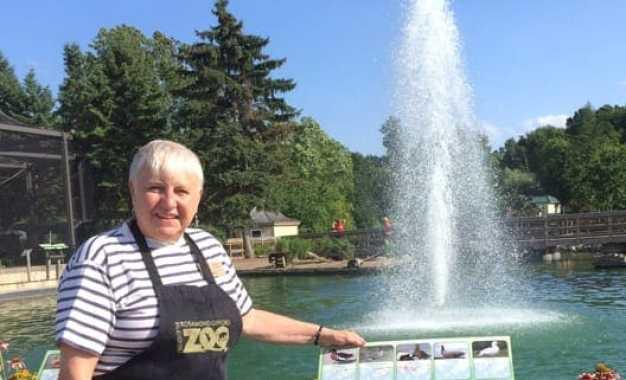 Volunteer of the Month October 2016: Carol Lebiedzinski  —  Rosamond Gifford Zoo