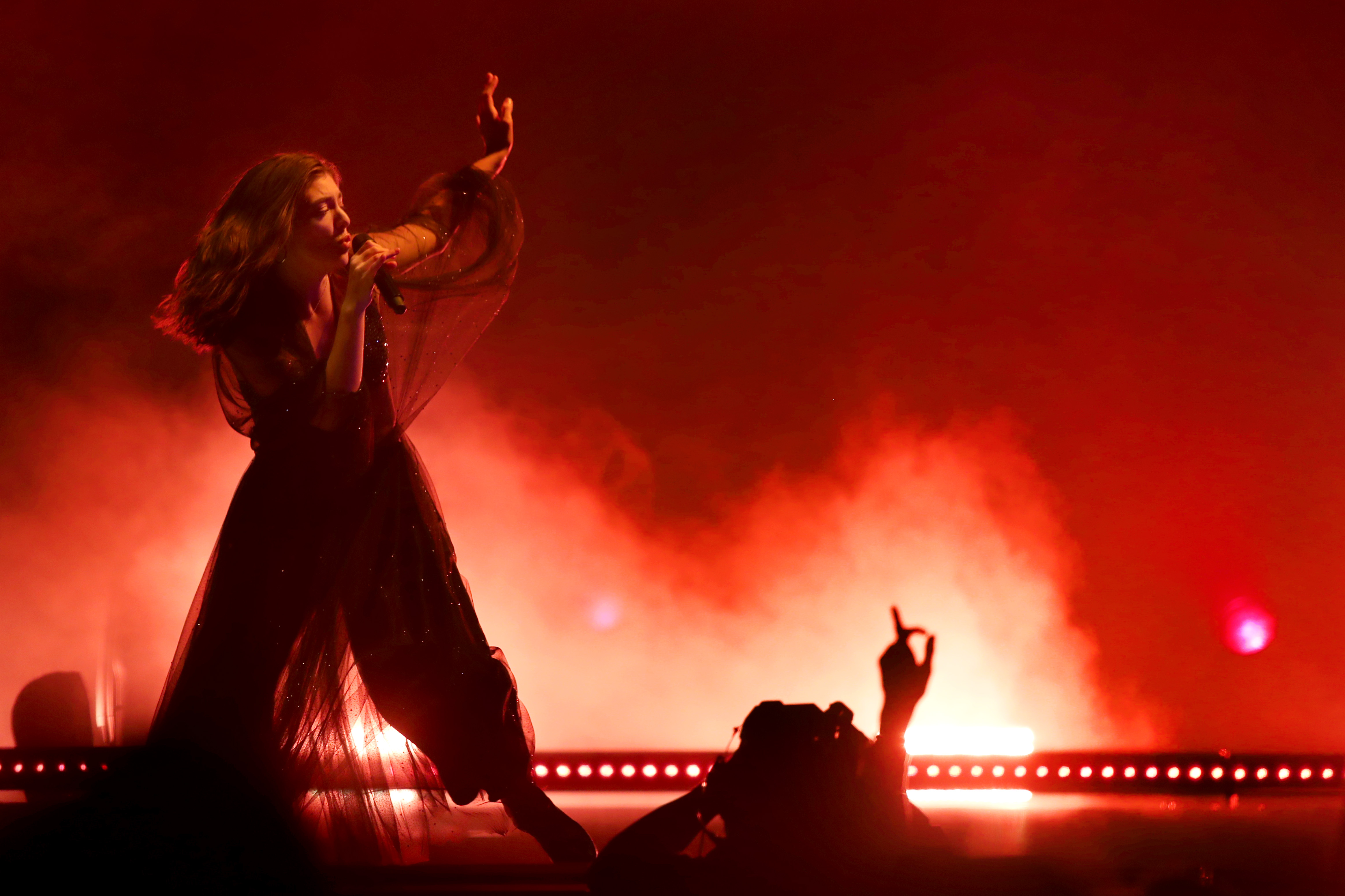 Review  Lorde is better than ever during Oakland concert     East Bay     Lorde performs in concert at the Oracle Arena in Oakland  Calif   on  Tuesday  March 13  2018   Ray Chavez Bay Area News Group
