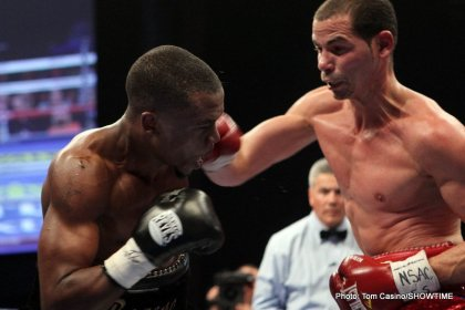001AbrilvsBogereIMG 6674 420x280 Photos: Abril Retains WBA Title, Russell Wins