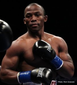 Thabiso Mchunu signs with Main Events