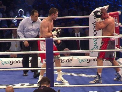 Stieglitz defeats Abraham; Groves KOs Barakat; Helenius oupoints Sprott; Ref saves Gerber; McMorrow beats Raoui
