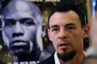 Robert Guerrero arrested in New York for attempting to carry a pistol onto a plane