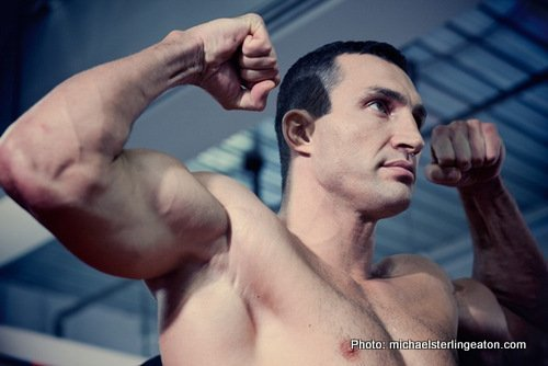 klit6353 Klitschko vs Wach Weigh In Video; Klitschko Big Favorite