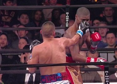 molina3 Carlos Molina Dominates Cory Spinks
