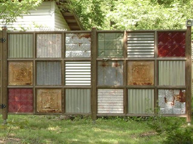Zero Dollar Wood Pallet Fences Easy Diy And Crafts