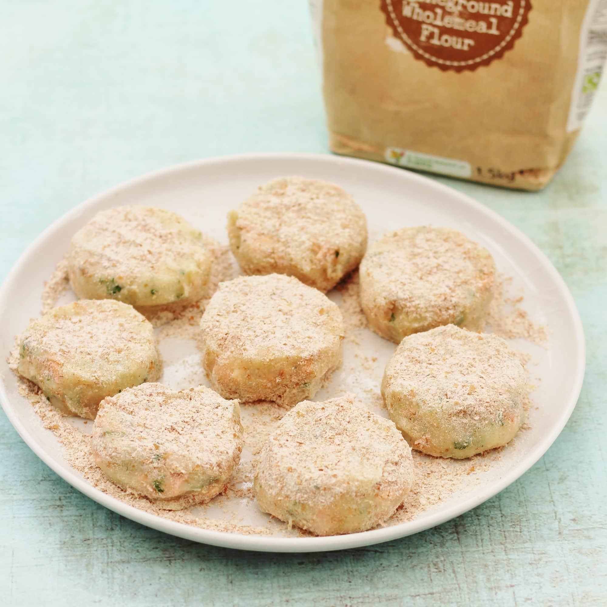 Easy Salmon And Parsley Fishcakes Recipe