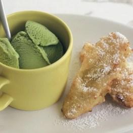 Banana fritters - Healthy Sweet Snacks