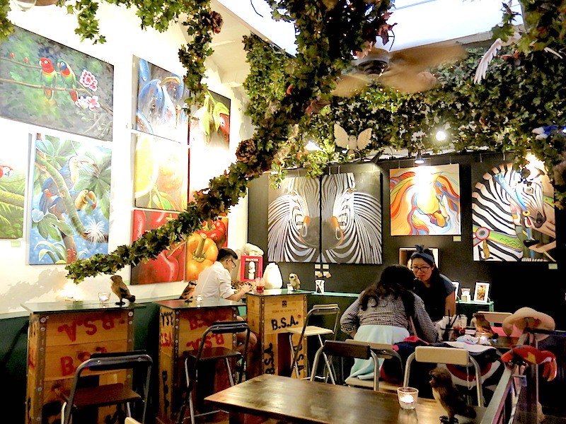 Eisky and Delicious Haji Lane Mystical Ambience