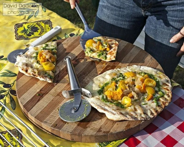 The Beehive's grilled pizza