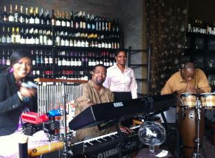 undrai-fizer-project-suga's-beaumont-live-music
