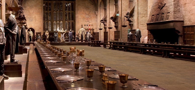 sala grande cena