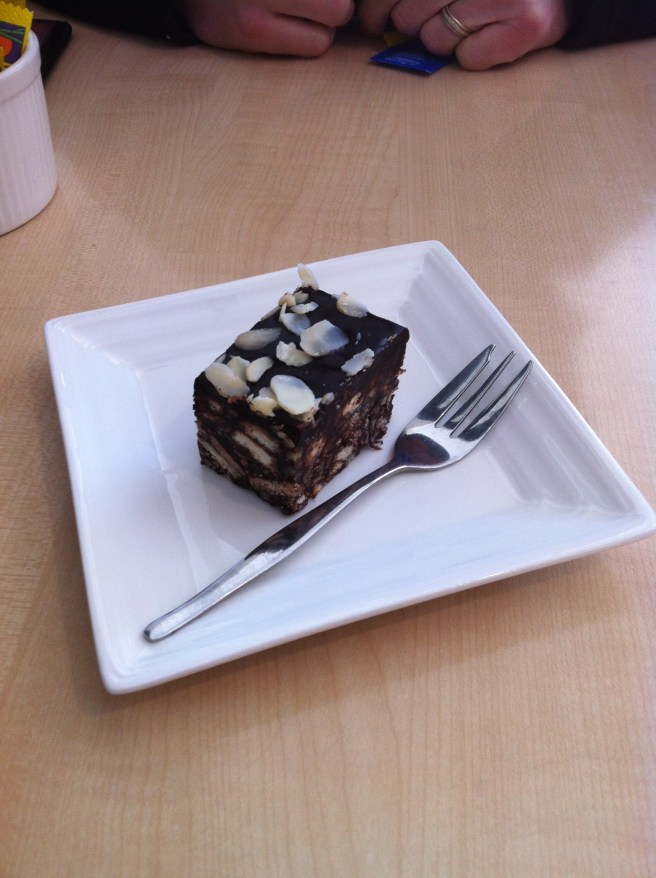 cake at 2 Sisters Cafe and Patisserie, Berwick